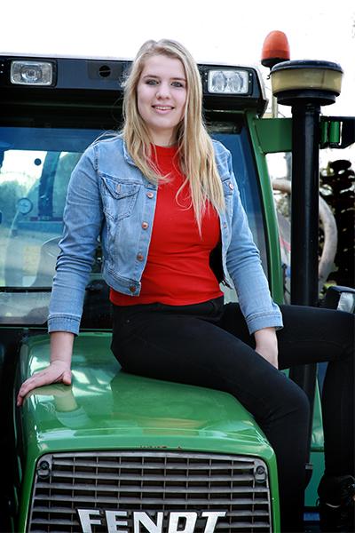Kim op de Fendt - agrarische bedrijfsreportage